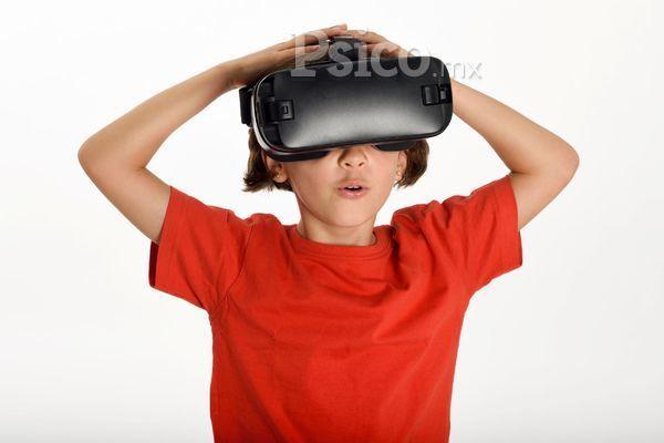 ¿Pueden las fobias de mi hijo pequeño aumentarse  con los videojuegos?