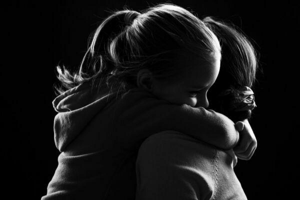 7 heridas emocionales de la infancia que perduran en la adultez